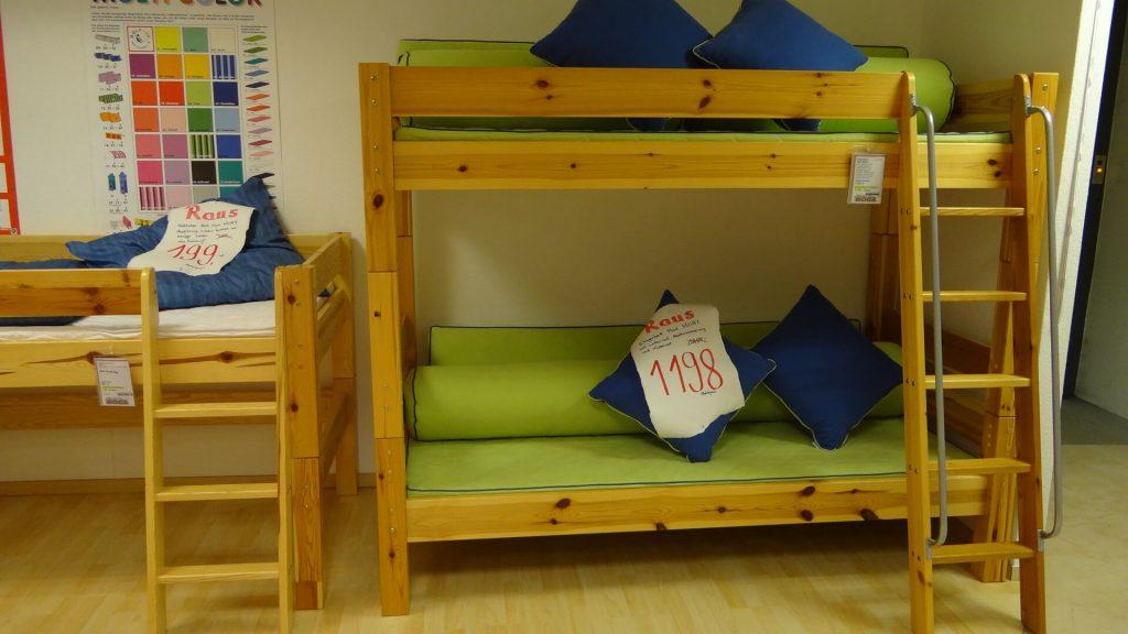 etagenbett modell mobby. Black Bedroom Furniture Sets. Home Design Ideas
